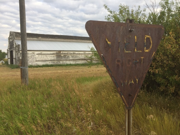 yield sign Sanctuary.jpg