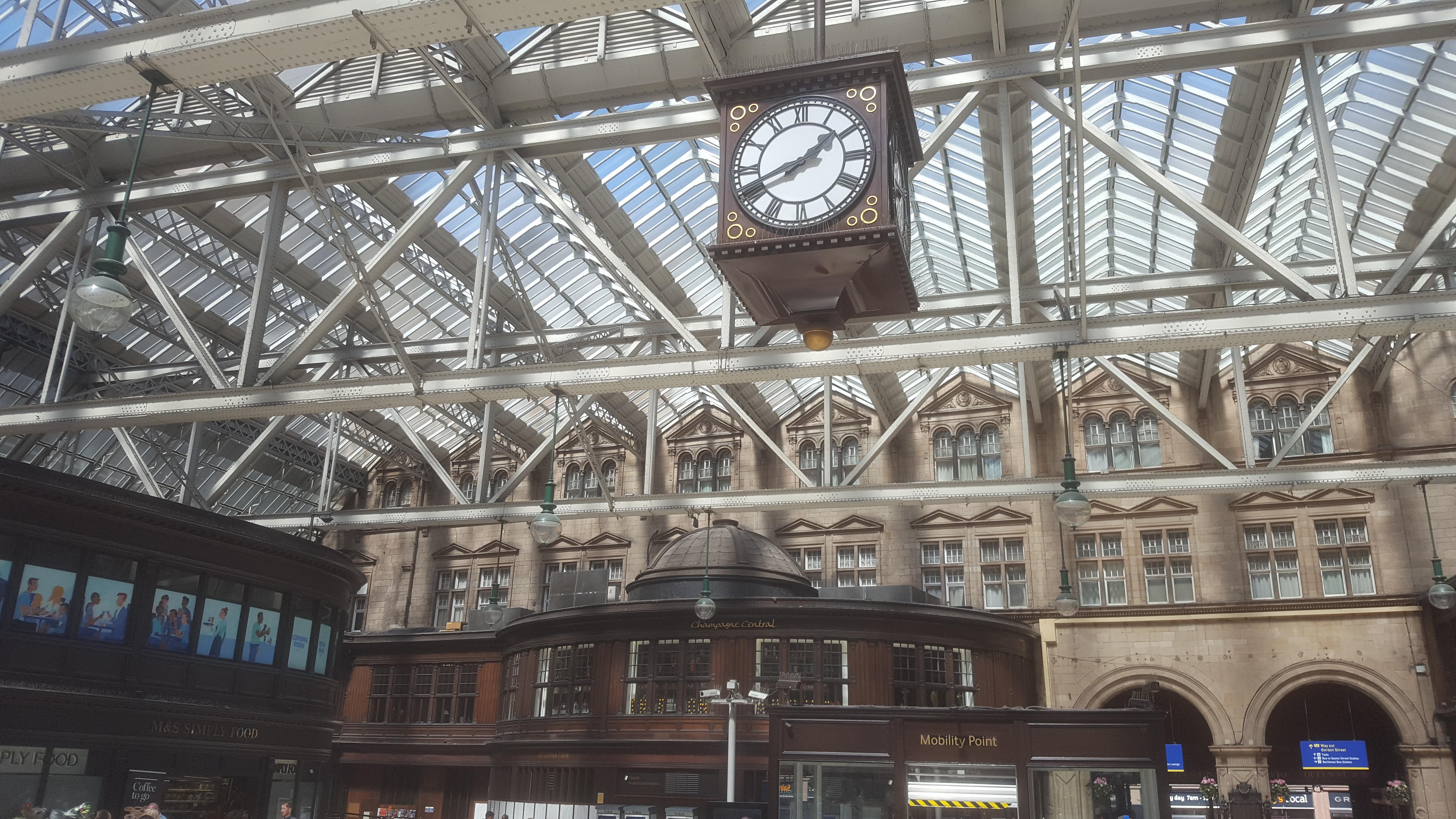 Glasgow Train Station